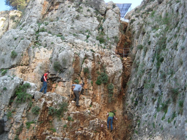 Rock climbing up Arbel; I want to do this!